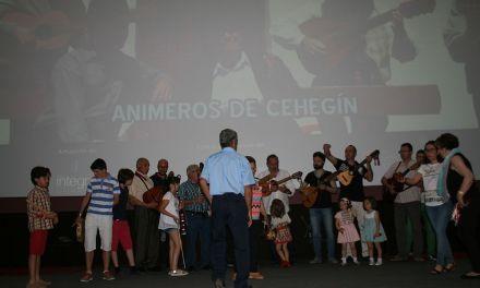 """Música de Cehegín y vino de Bullas en la presentación de """"La Vida en el Campo"""""""
