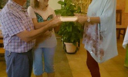 Se despide la Asociación de Sordos de Caravaca y el Noroeste donando fondos a la ONG Solmun