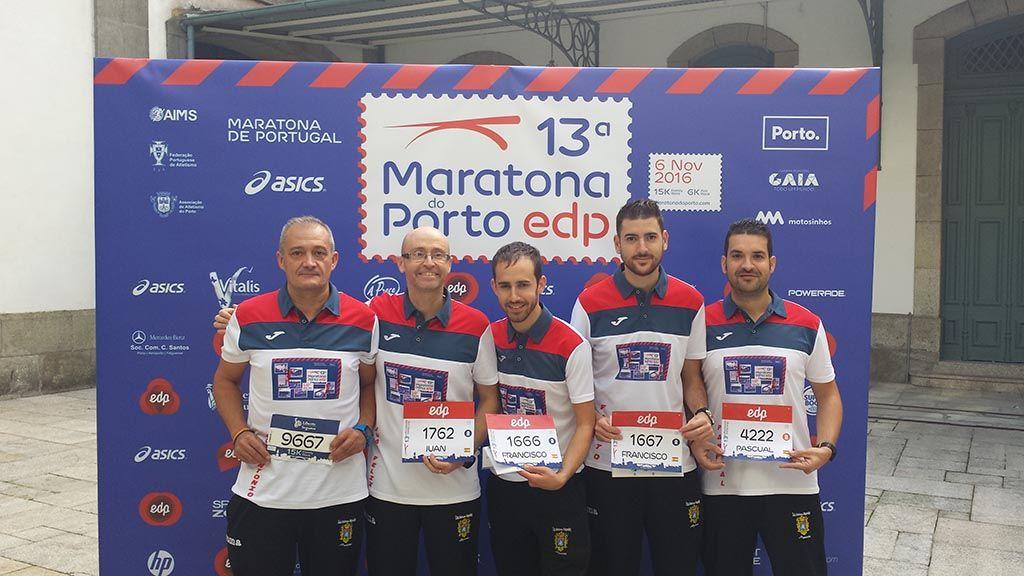 Integrantes del CD Filippedes participan en la Maratón de Portugal