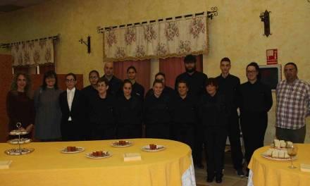 Doce jóvenes caravaqueños en situación de desempleo reciben formación para trabajar en el sector de la Hostelería