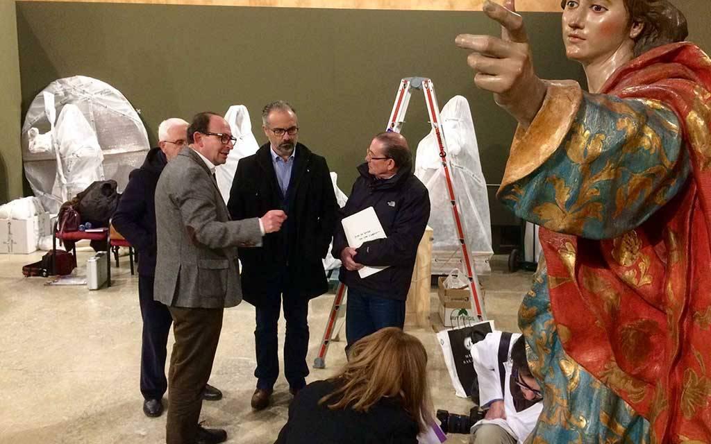Caravaca recibe los pasos escultórios de 'San Juan' y 'La Verónica', de Francisco Salzillo