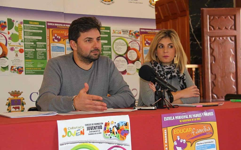 La Concejalía de Educación del Ayuntamiento de Caravaca pone en marcha la segunda edición de la 'Escuela Municipal de Padres y Madres'