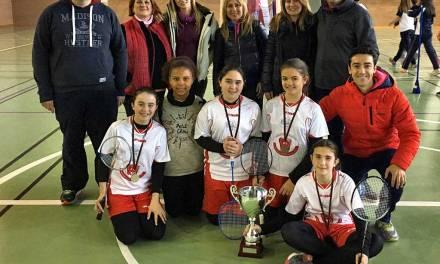 El CEIP Los Molinos de Calasparra se proclama campeón regional de badmintón