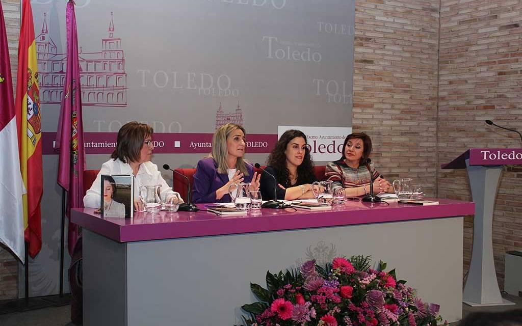 La muleña Ángeles Castillo Caballero, accésit a la mujer novel en el certamen de literatura Princesa Galiana