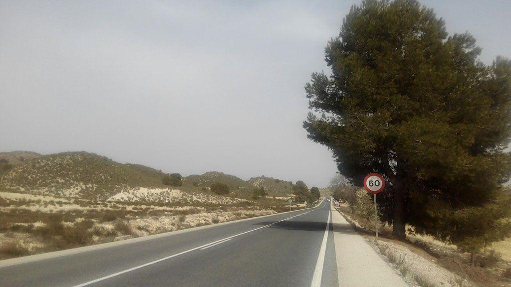 La carretera de Caravaca a Calasparra será la primera vía regional con guías sonoras para mejorar la seguridad de los conductores
