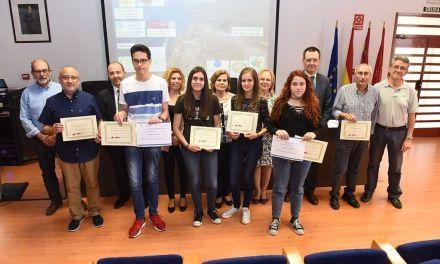 La Comunidad organiza 16 olimpiadas para despertar vocaciones científicas entre los más jóvenes y premiar la excelencia académica
