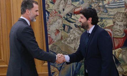 Fernando López Miras invita al Rey a visitar la Región con motivo de la celebración del Año Jubilar de Caravaca de la Cruz