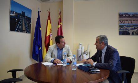 El Alcalde de Mula y el Director de Esamur analizan la situación actual de las infraestructuras del municipio