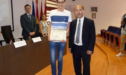 El caravaqueño Álvaro Martínez Martínez, premiado en la Olimpiada Regional de Geología