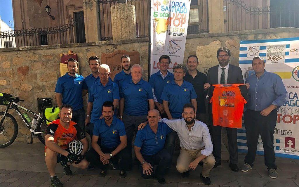 La carrera Lorca-Santiago de Compostela dará a conocer el Año Jubilar de Caravaca en cerca de 80 localidades españolas
