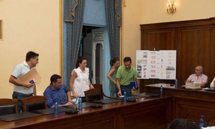Luz verde a los presupuestos y a la reconstrucción del pabellón de Cehegín con el voto de calidad del Alcalde