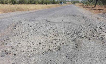 Las asociaciones de vecinos de Benizar, Casa Requena y Mazuza convocan una concentración para protestar por el lamentable estado de la carretera