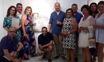 """Inaugurada en Mazarrón """"La espera"""" del artista muleño Nono García"""