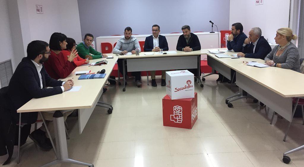 El PSOE exige la modificación de la regla de gasto y de la tasa de reposición, ya que perjudican a los ayuntamientos