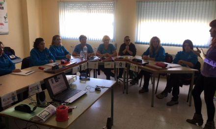 Las alumnas del Programa Mixto de Bullas aprenden sobre cooperativismo y posibilidades de empleo
