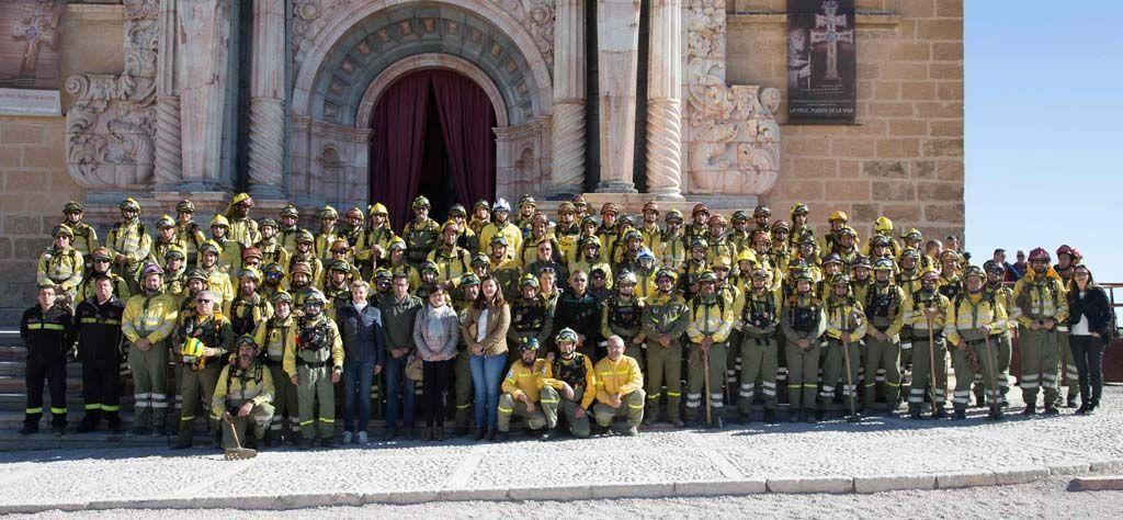 Un centenar de agentes medioambientales y de las brigadas forestales de la Región peregrina a Caravaca con motivo del Año Jubilar 2017