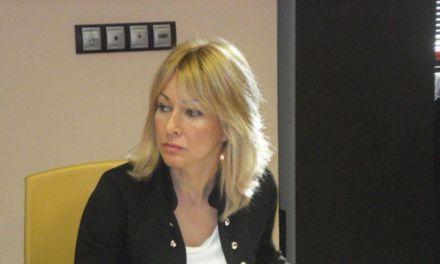 La Alcaldesa participa en la reunión informativa sobre la implantación de medidas de simplificación administrativa en el ámbito urbanístico