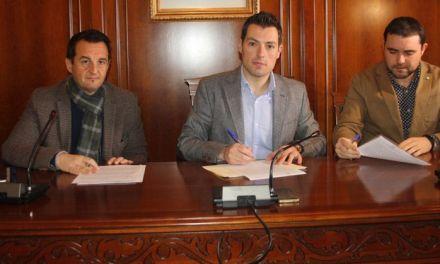 Firmado el contrato que pone en marcha las obras de construcción de una Zona Verde en  el Barrio de San Antonio de Cehegín