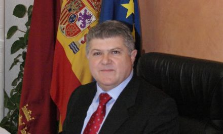 «Mi prioridad ha sido solucionar los pequeños problemas de los vecinos que terminan convirtiéndose en grandes problemas», José Vélez, alcalde de Calasparra