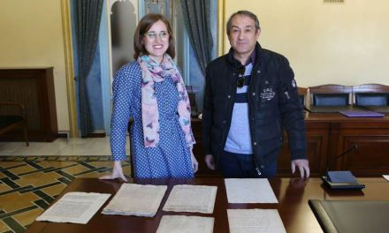 Donación de documentos al Archivo Municipal de Cehegín