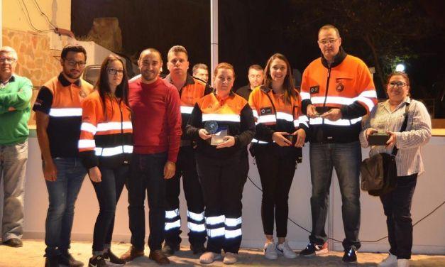 Las Luciérnagas de Albudeite entregan 4.000 euros a Afacmur