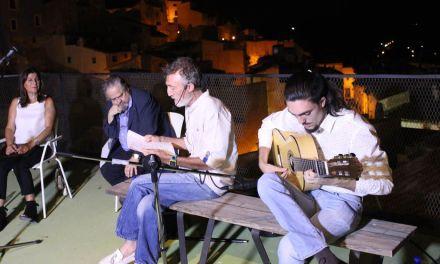 El 'II Encuentro de poesía: Callejeando por Cehegín' inunda de versos y música rincones del Casco Antiguo
