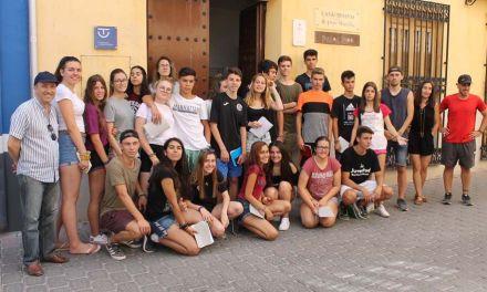 Veinticuatro jóvenes de toda España realizan un campo de trabajo relacionado con los oficios en Bullas, Calasparra y Cehegín