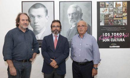 Inaugurada la exposición 'Los Toros son Cultura, ¡claro que Sí! en la plaza de toros de Murcia