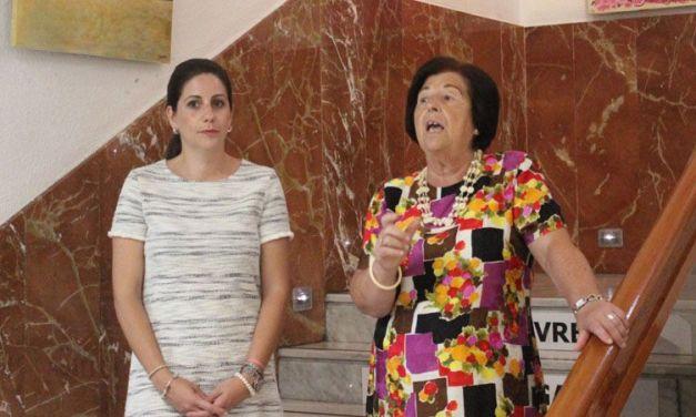 El Jardinico expone un centenar de obras en la Casa de la Cultura de Cehegín