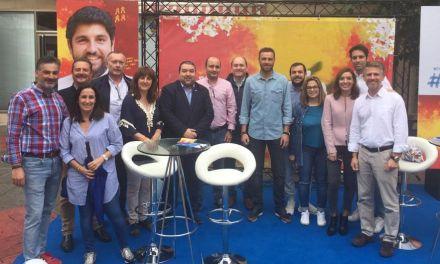 El 'Movimiento Actúa' del PP recoge la opinión de los vecinos de Caravaca para construir la Región de Murcia del futuro