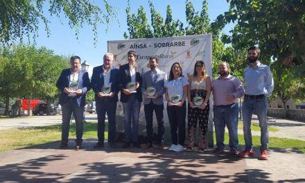 Moratalla recibe en Aínsa-Sobrarbe el trofeo que le acredita como finalista en el Concurso de la Capital del Turismo Rural de España