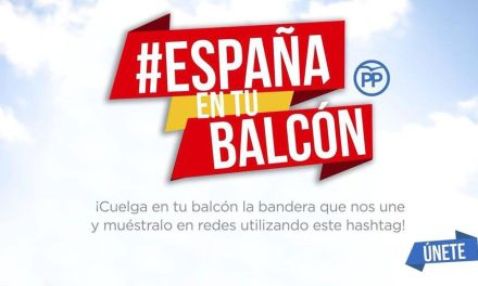 Los populares cehegineros se suman a la campaña en redes sociales  'España en tu balcón'