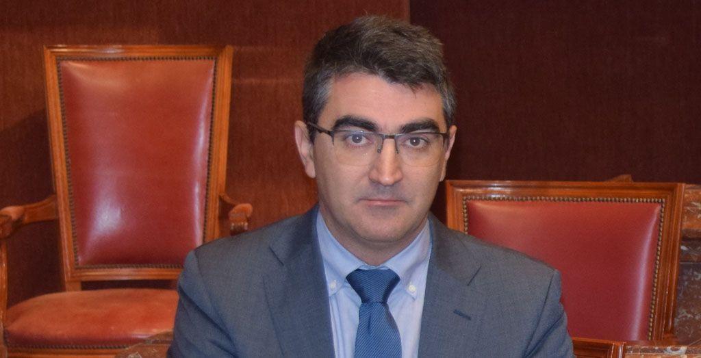 Ciudadanos interpela al Gobierno regional por el incumplimiento con los ayuntamientos de menos de 20.000 habitantes en la prestación de servicios de administración electrónica