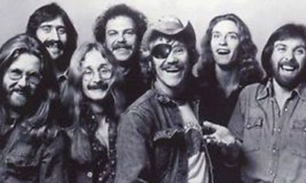 """Adiós a otro mito de la música contemporánea: Ray Sawyer, líder de la mítica banda """"Dr. Hook"""""""