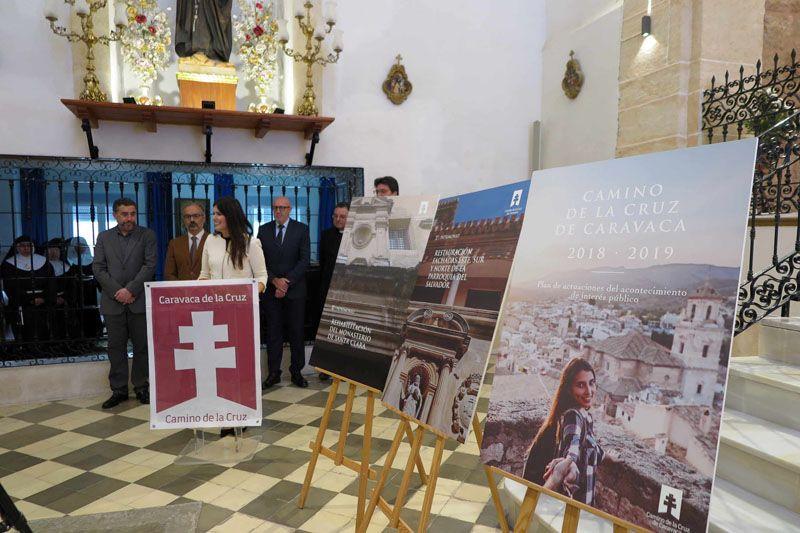 La consejera de Turismo y Cultura, Miriam Guardiola, presentó hoy los proyectos de recuperación patrimonial que financiará la Fundación Camino de la Cruz.