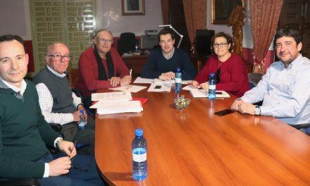 Ayuntamiento de Cehegín y CCOO tratan sobre el nuevo contrato que unificará la limpieza de los edificios municipales