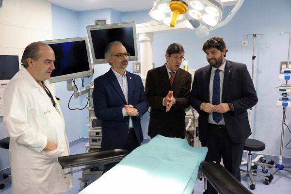 """López Miras: """"La remodelación del área quirúrgica del hospital de Caravaca permitirá realizar unas 300 operaciones más al año"""""""