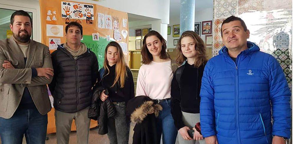 Juventud se reúne con los Corresponsales del Pérez Piñero