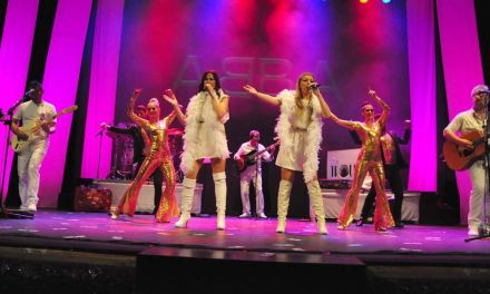 El tributo 'ABBA. Memory tours 77-80' llega al teatro Thuillier de Caravaca este viernes