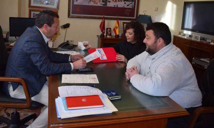El Alcalde de Mula muestra su apoyo a la Asociación Síndrome de NOONAN Región de Murcia