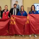 El presidente Fernando López Miras recibe a las tres jugadoras murcianas proclamadas campeonas de Europa de fútbol sala femenino con la selección española