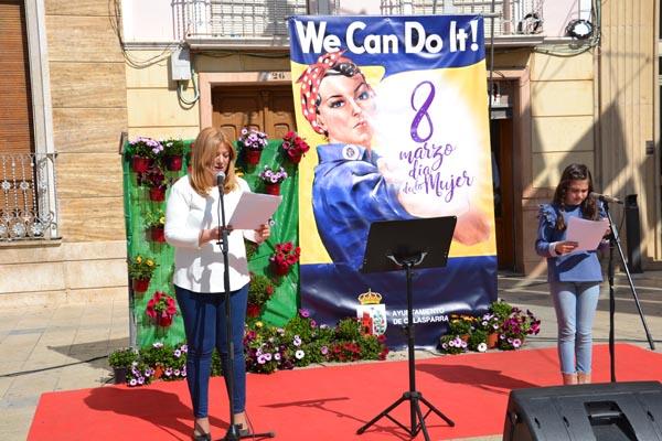 Lectura del manifiesto en Calasparra