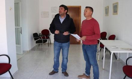 El Ayuntamiento adapta los consultorios médicos del Campillo, El Chaparral y Cañada de Canara para personas con movilidad reducida