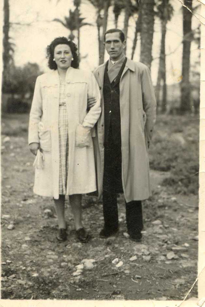 Pedro y Encarna hacia 1945