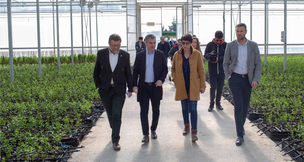 24 mujeres impulsan una empresa innovadora de biotecnología vegetal en la pedanía caravaqueña de Barranda