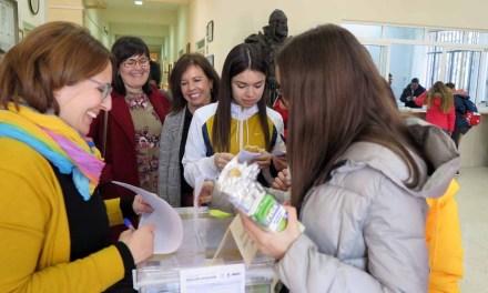 Alumnos de los centros de Secundaria de Caravaca votan propuestas dentro de los presupuestos participativos aplicados al área de Juventud