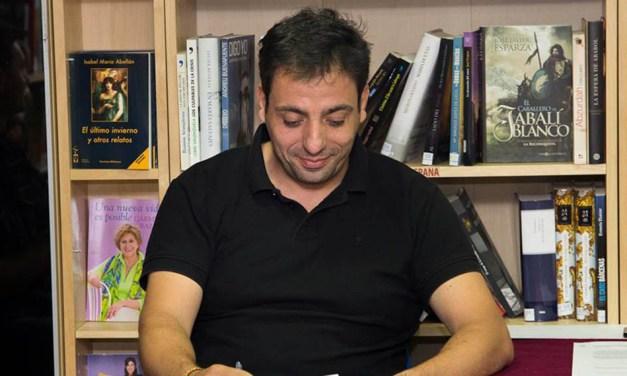 Pedro Castillo gana el Concurso Literario de Relatos Cortos Rajatila