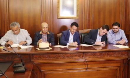 Firmado el convenio para la reconstrucción del muro de las Pedreras