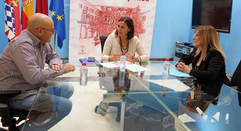 Caravaca formará parte de la iniciativa #LuzporlaELA en el 'Día Mundial de la Esclerosis Lateral'