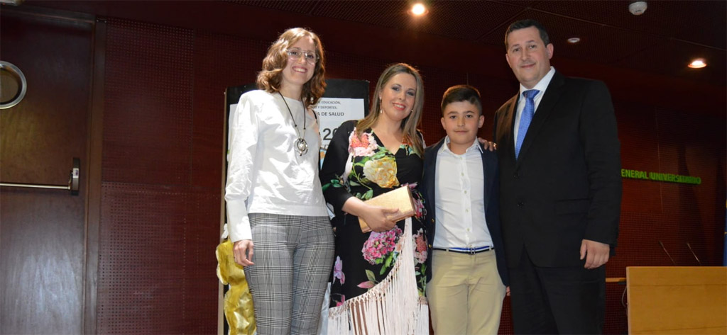 El ceheginero Adrián Ruiz gana un premio del XII Certamen Internacional de Relatos 'En mi verso soy libre' 2019